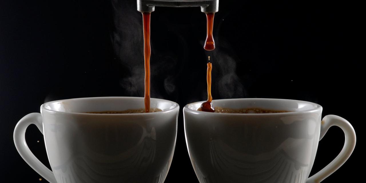 Kaffeevollautomaten im KONSUMENT-Test - Viele brühen ordentlichen Kaffee, allerdings haben sich in den Getränken teilweise unerfreuliche Schadstoffe gefunden.
