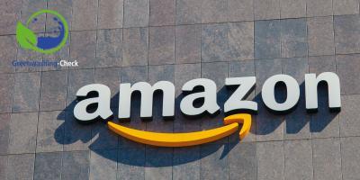 """Amazon hat zwei eigene """"Öko-Gütesiegel"""" am Start. Geht's wirklich um eine bessere Umwelt? Wir sagen: Es ist ein irreführendes Fake-Label."""